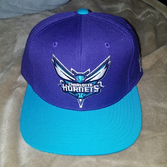 Mitchell & Ness Other - 🧢2for15🧢 Hornets cap (snapback)